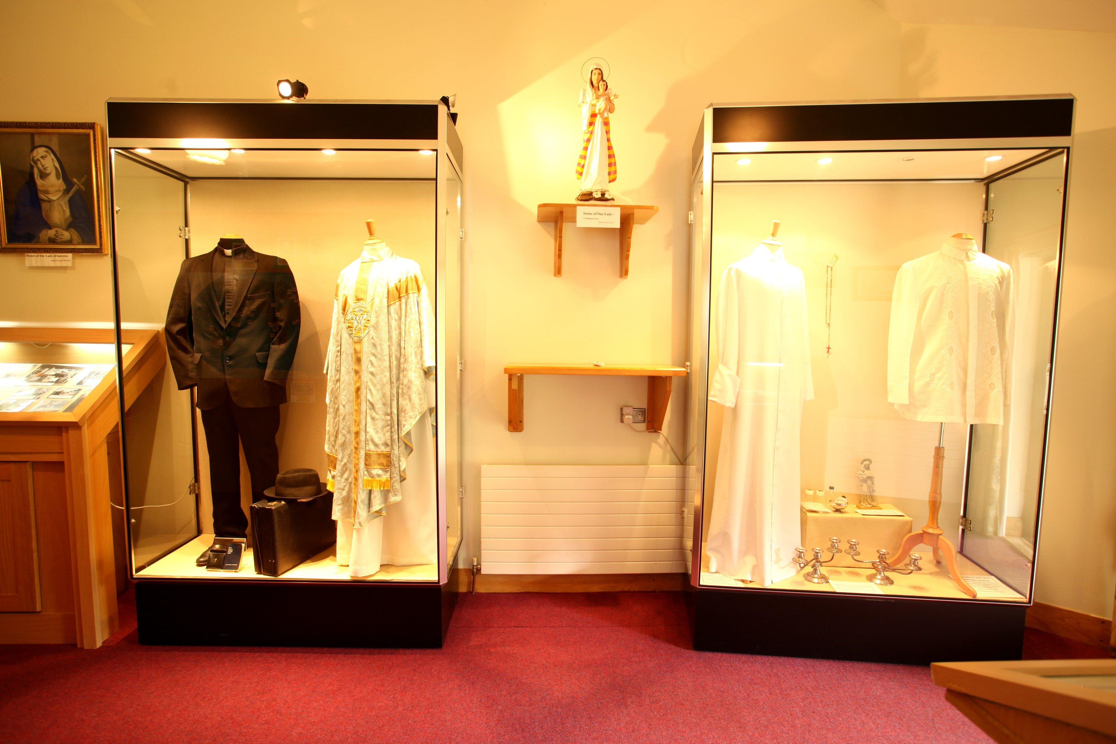 fr Peytons vestments