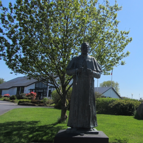 Father Peyton Statue